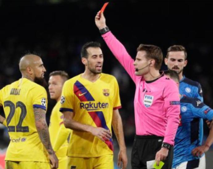 Duel Napoli Lawan Barcelona Berakhir 1-1